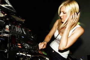 Mary Anne Hobbs, UK